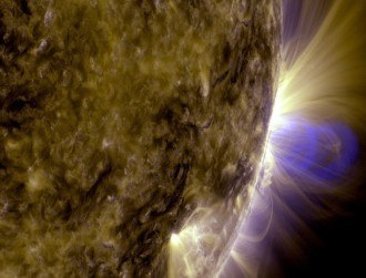 Coronal loop shows maelstrom of solar carnage in stunning photo