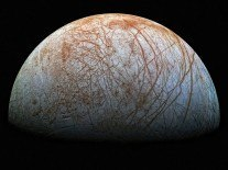 Behold! Europa's icy surface seen in its highest resolution ever