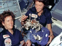 Sally Ride Google Doodle celebrates first US woman in space