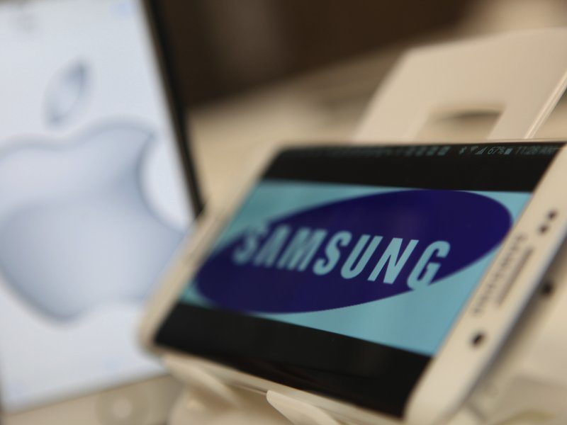 Apple wins patent case against Samsung, sort of