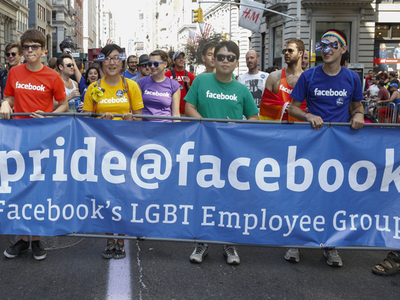 Facebook gender options in Ireland expanded