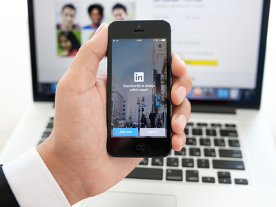 LinkedIn Q1 revenues surge 35pc, but Wall Street is not impressed with outlook