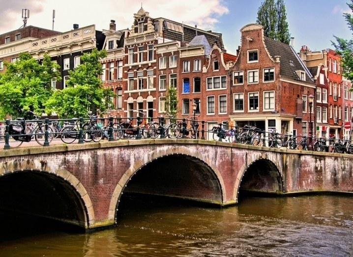 £D printing a bridge in Amsterdam