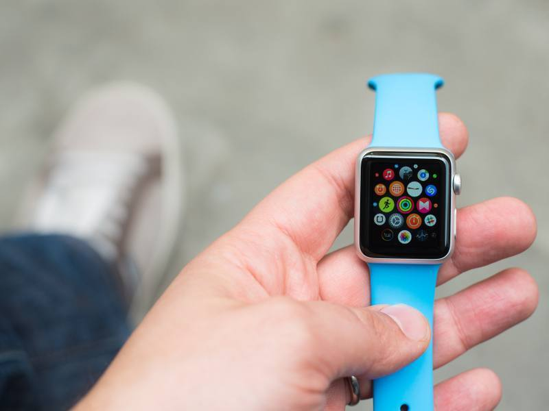 Nearly 2.8m Apple Watches sold in US so far