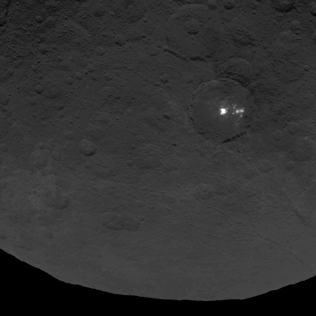Close up of Ceres's bright spots