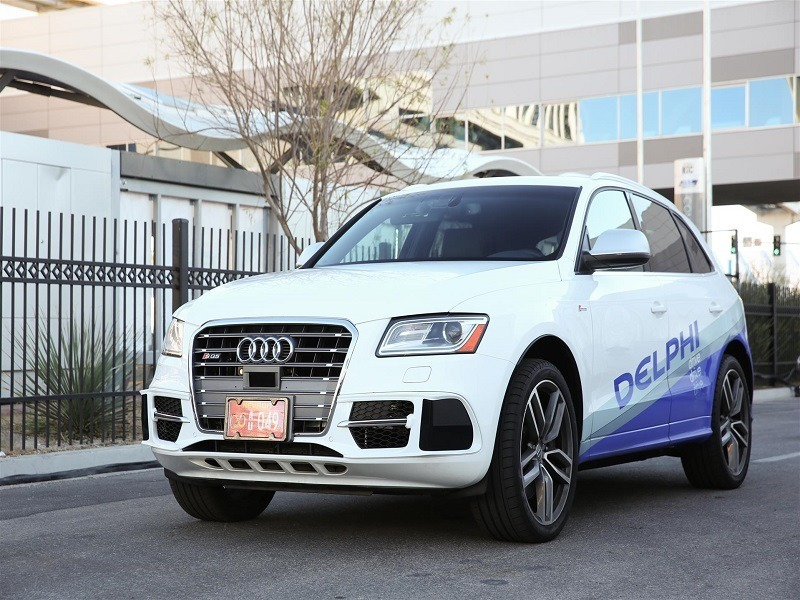 Rival driverless cars in near-collision on open road (updated)