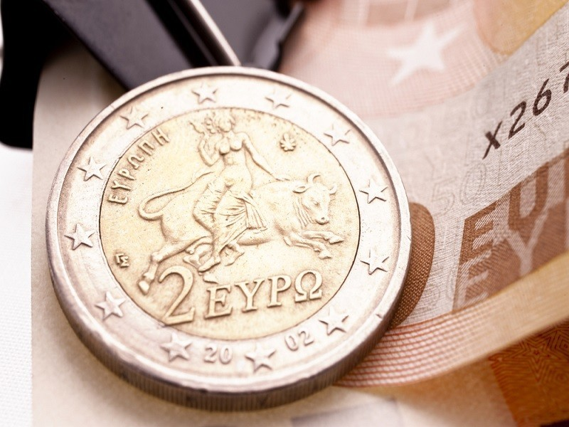 Greek bailout Indiegogo campaign aiming to raise €1.6bn