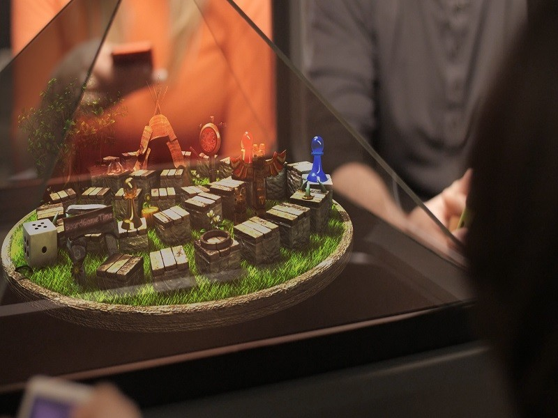 The Holus tabletop hologram generator is now a reality