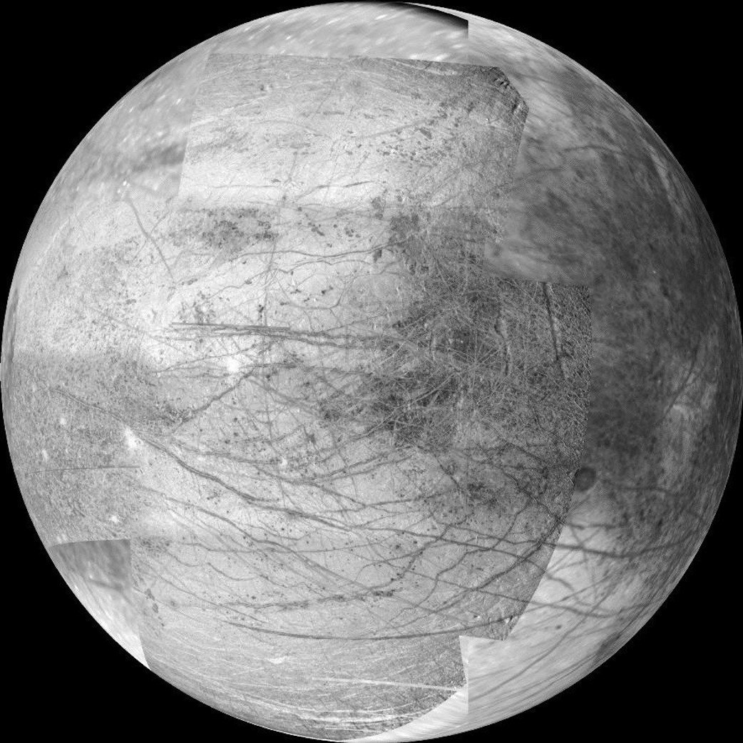 Mission to Jupiter – Europa in high-res form