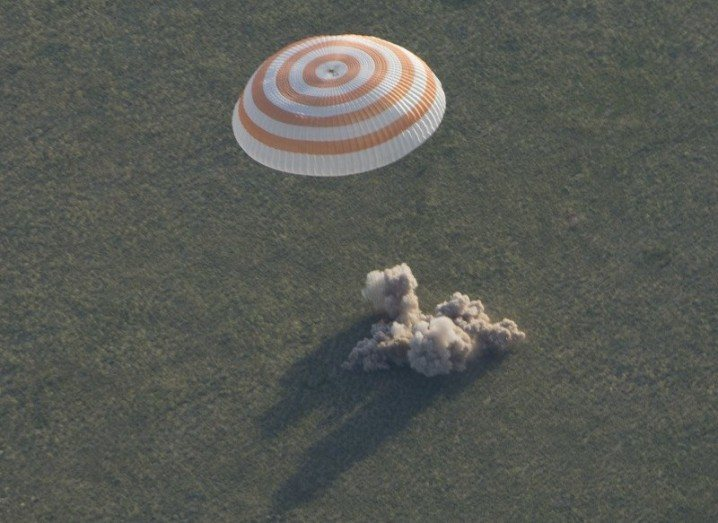 The Soyuz TMA-15M spacecraft is seen as it lands with Expedition 43 commander Terry Virts of NASA, cosmonaut Anton Shkaplerov of the Russian Federal Space Agency (Roscosmos), and Italian astronaut Samantha Cristoforetti from European Space Agency (ESA) near the town of Zhezkazgan, Kazakhstan. Image via ESA–S. Corvaja.