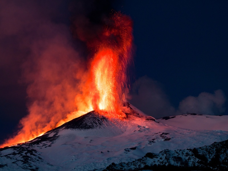 Mount Etna erupts onto Google Maps, capturing the summit