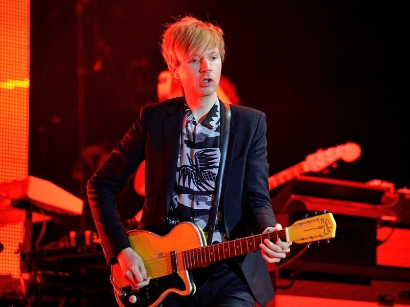 Beck posts rhythmic new song 'Dreams'