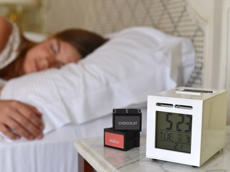 Week in Gadgets: Smell-based alarm clock and holographic entertainment system