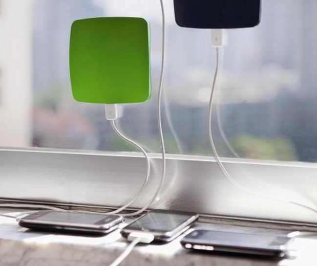 8 cool phone chargers – solar xdmodocharger