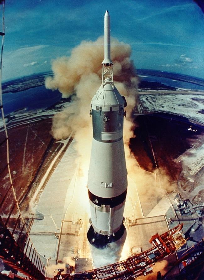Apollo 11 photos Saturn V takeoff