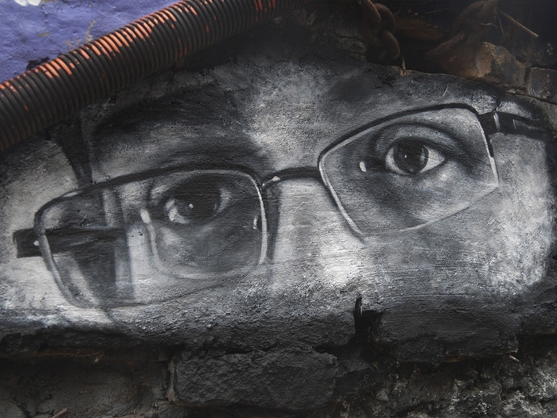First Snowden trailer released, and it's grim