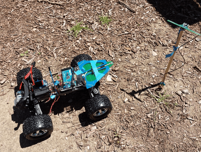 IoT robot and UHF RFID sensor