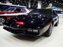 3D printing, a phone charger and making KITT from Knight Rider