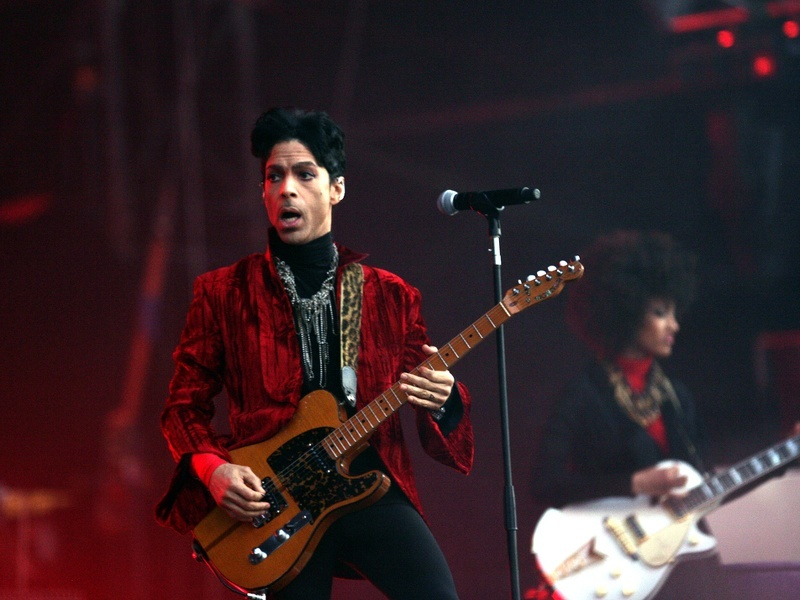 Prince pulls music from Spotify, still on Tidal and Deezer for now