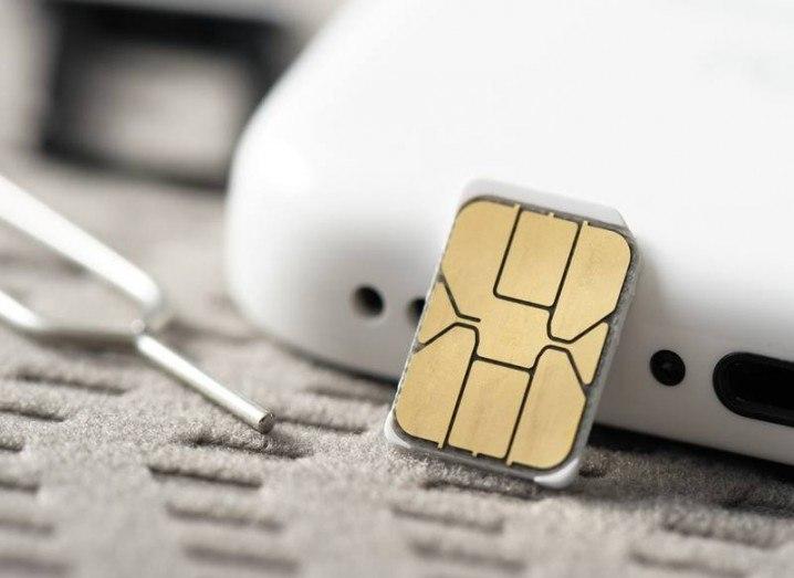 SIM-card-shutterstock