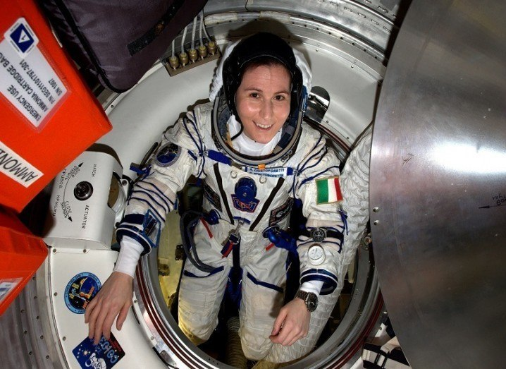 Sam Cristoforetti among the women in space