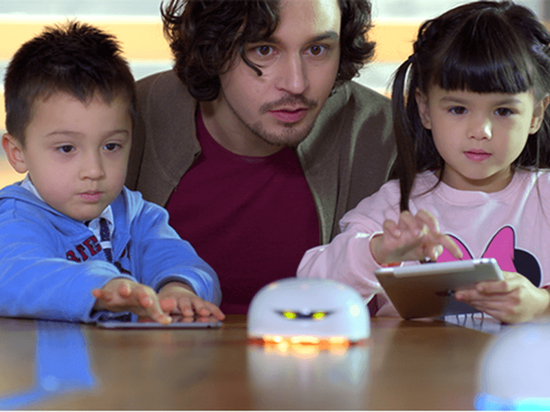 Meet Vortex, a robot that wants to teach kids to code