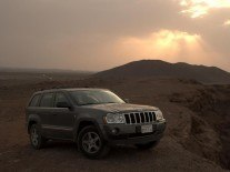 Carmakers leave cars unlocked to hackers — Jeep Cherokee remotely hacked on highway