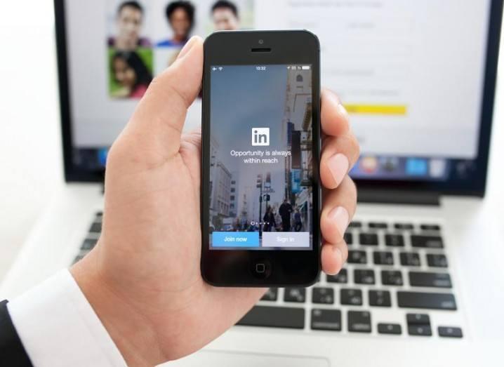 LinkedIn-shutterstock