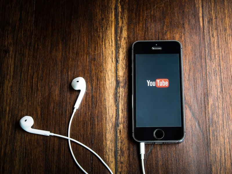 YouTube app redesign: Video giant to focus on mobile