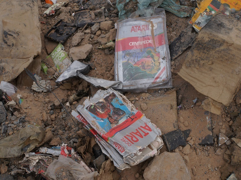 881 buried Atari ET game cartridges sell for more than US$100,000