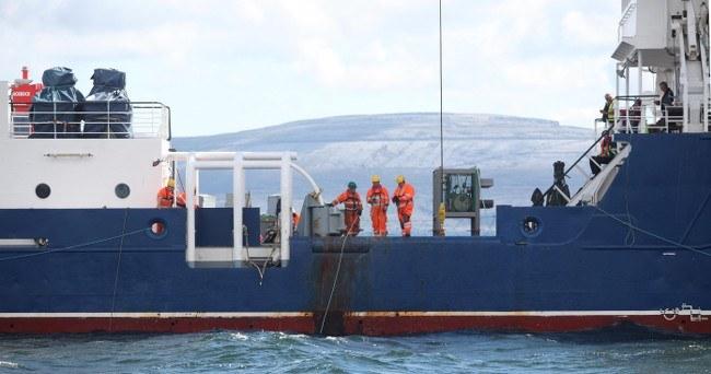 Crew deploy cables, via Aengus McMahon
