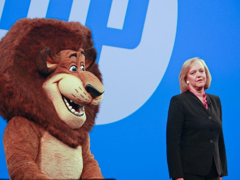 HP profits slump below forecasts as PC sales slide