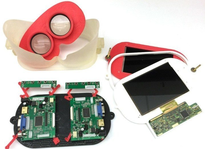Light field VR headset