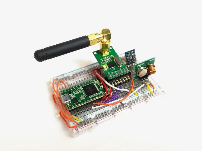 RollJam device