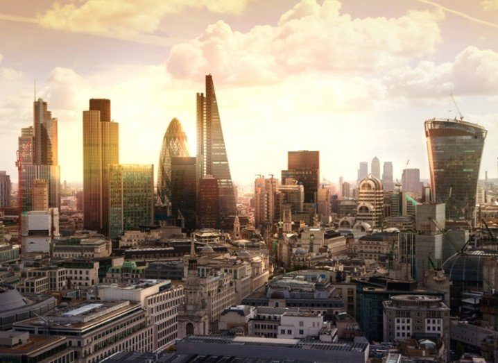 FinTech Innovation Lab London: London skyline,