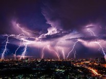 Google loses customers' data after lightning strikes