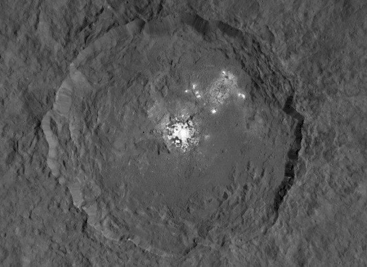 Ceres bright spot Dawn NASA