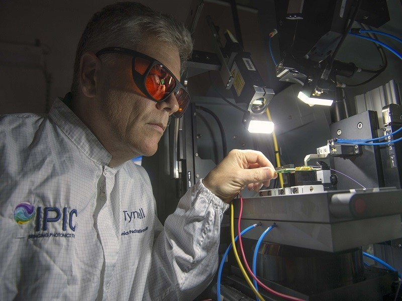 Photonics Ireland national platform offers bright future for growing sector