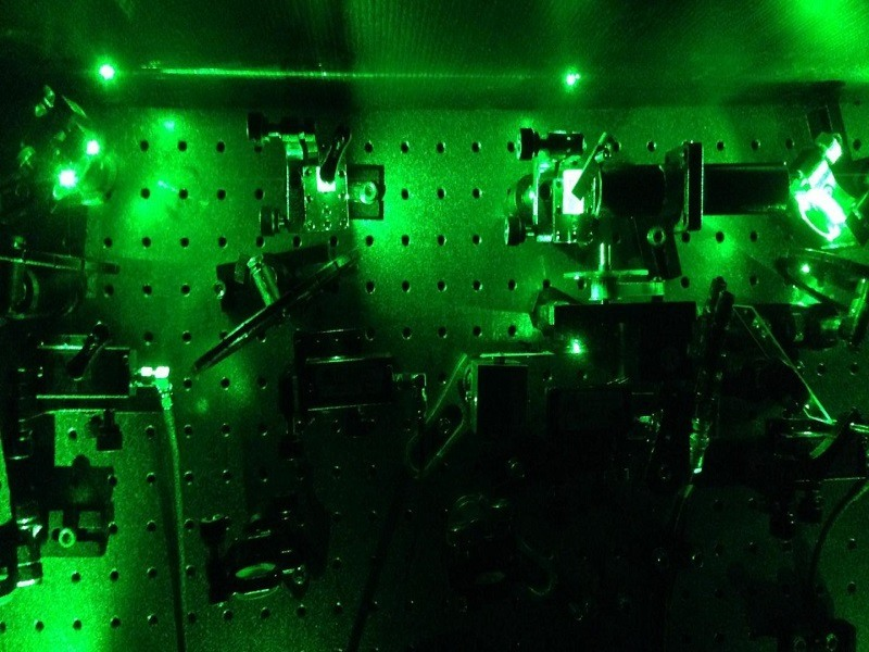 Scientists give light a light squeeze and defy the laws of physics