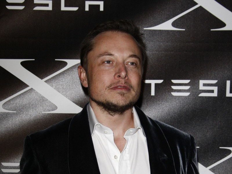 Elon Musk tweets 2017 date for release of first mass-market Tesla