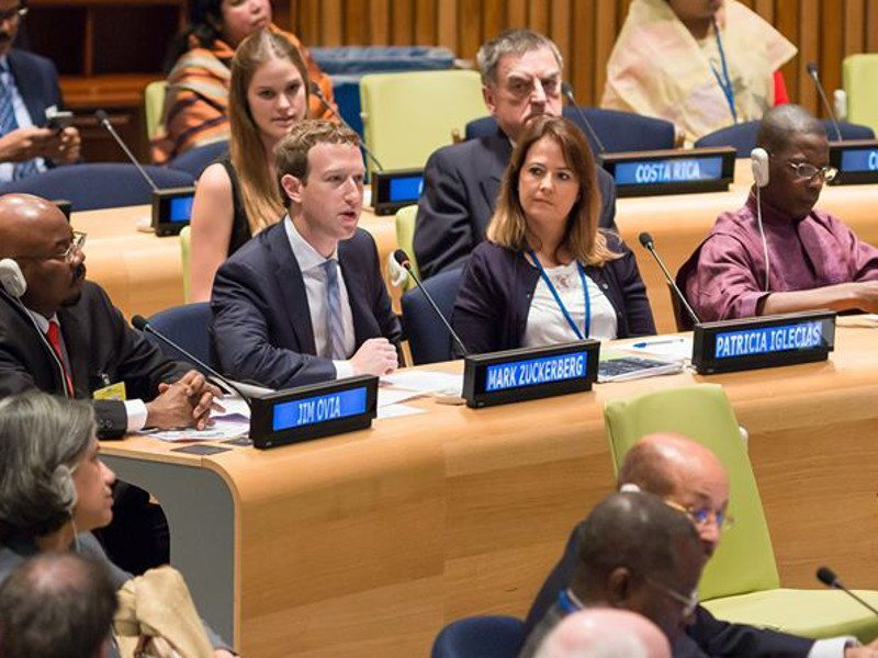 Bono and Zuckerberg call to make universal internet access by 2020 a global priority