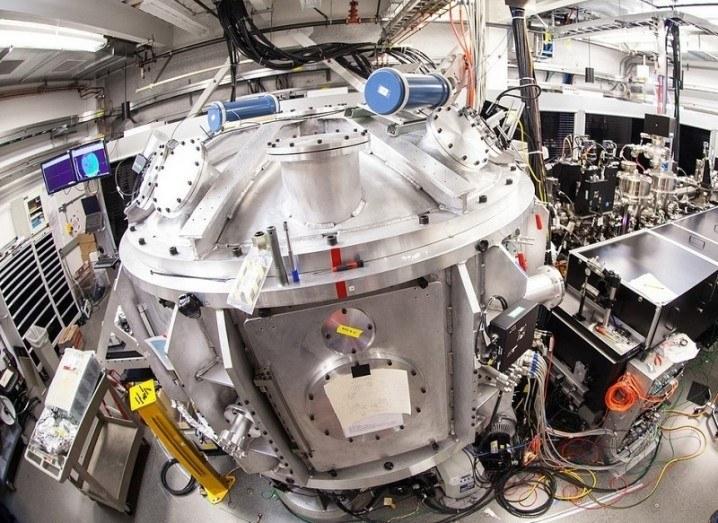 Image of SLAC's 200-terawatt laser