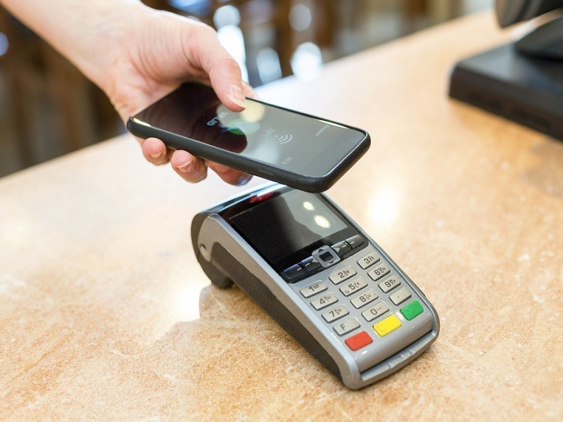 Budget 2016: Contactless payment max to increase from €15 to €30