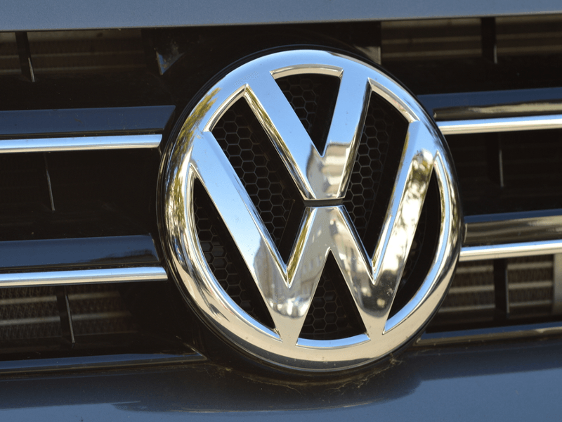 Volkswagen to recall 80,000 cars in Ireland as emission scandal rolls on