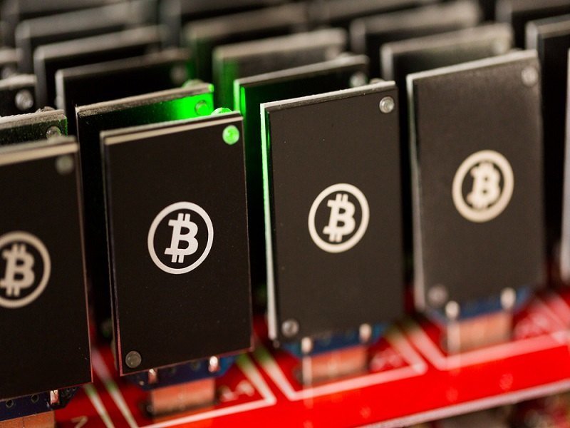 Bitcoin confusion reigns: funding terrorism or helping humanity?