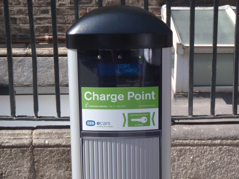 Irish EV owners to be charged €16.99 p/m to charge at public points