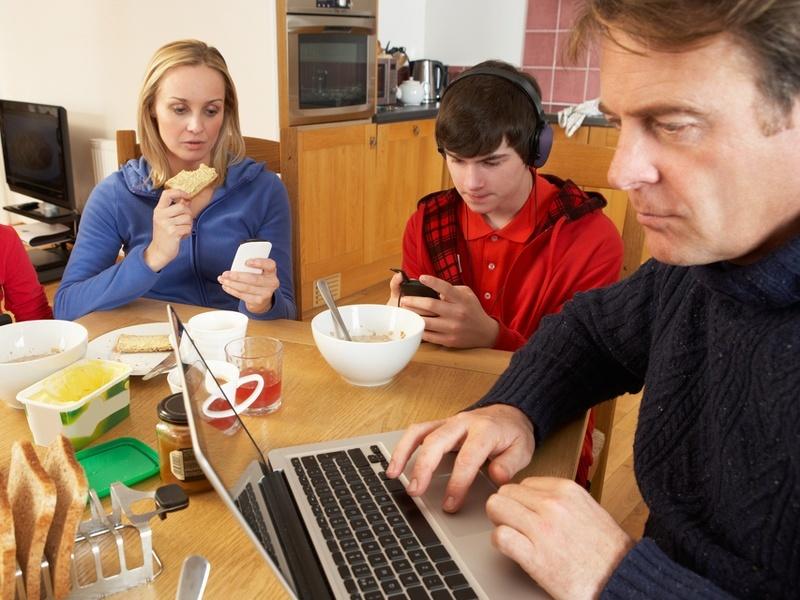 Broadband, TV and smartphone bills plummet in Ireland