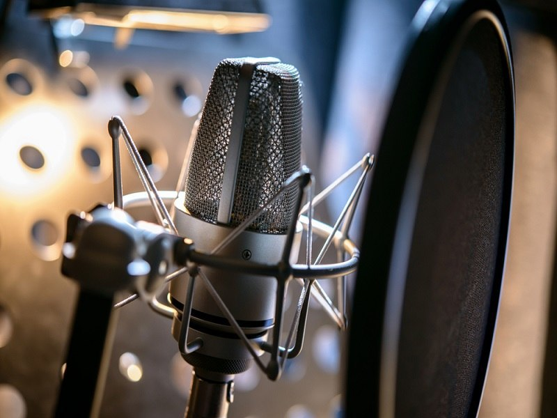 A graphene microphone sounds even better than it sounds
