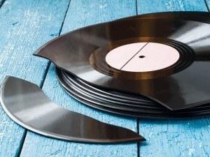 music-rdio-shutterstock