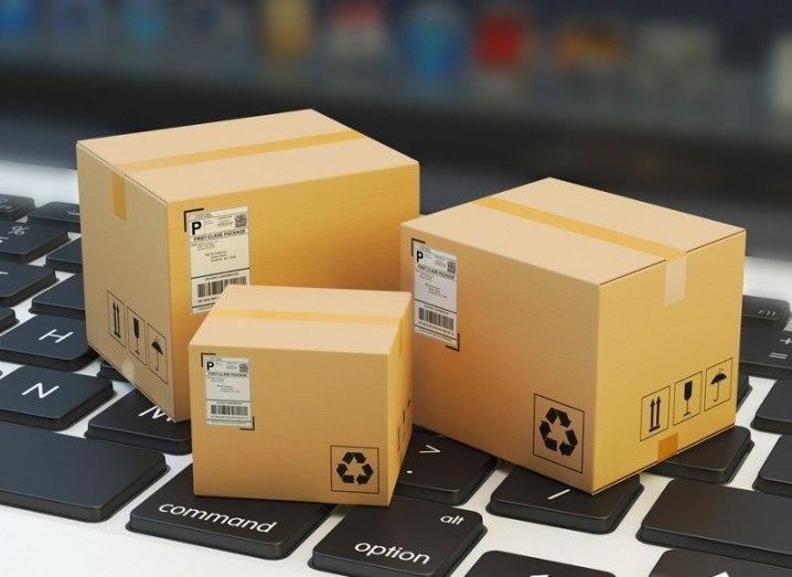 scurri-delivery-shutterstock